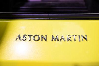 Aston Martin Vantage Presentacion DME GT Club Logo