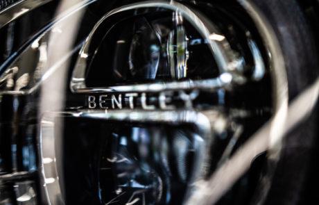 Detalle Faro Bentley DME GT CLUB