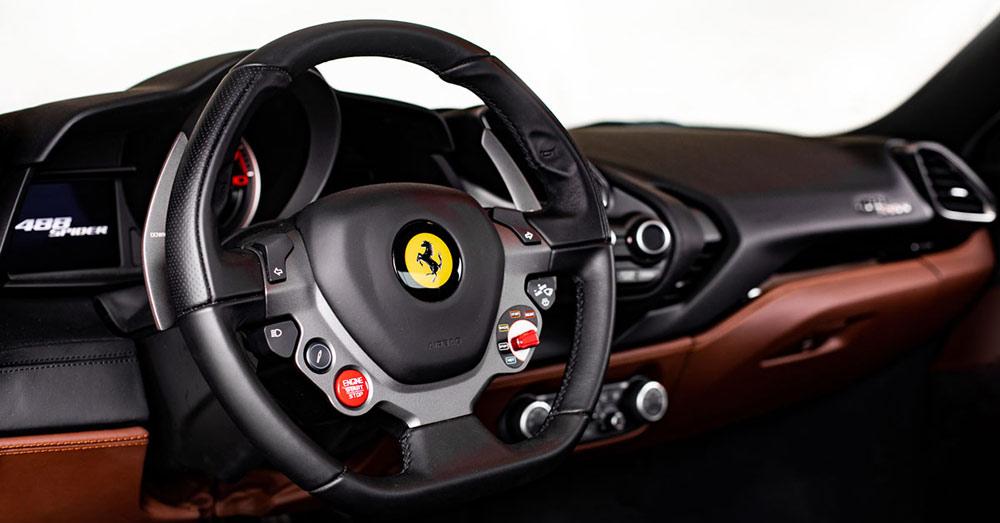 Ferrari 488 Spider 6