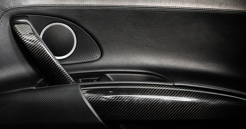 Audi R8 V10 12